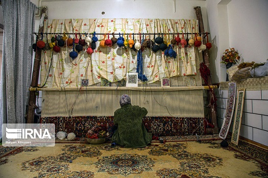 رییس مرکز ملی فرش ایران: تولید فرش دستباف در خوزستان نیاز به فرهنگسازی دارد
