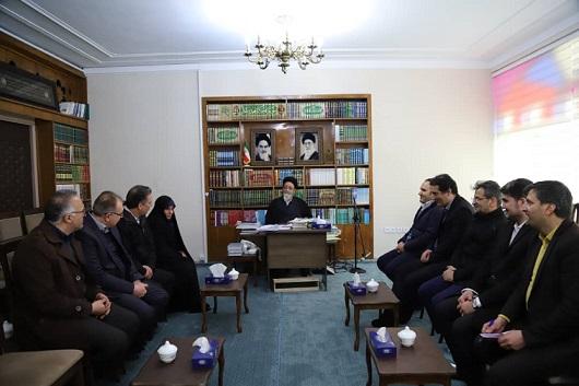 دیدار رئیس مرکز ملی فرش ایران با امام جمعه تبریز