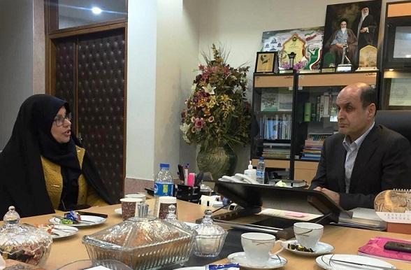 در دیدار رییس مرکز ملی فرش ایران و استاندار گلستان مطرح شد:حمایت از قالیبافی با حمایت ویژه دولت