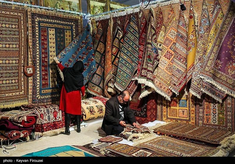 نمایشگاه سراسری فرش دستباف و تابلوفرش ایران در استان مرکزی برگزار میشود؛ حضور بیش از ۶۰ تولیدکننده