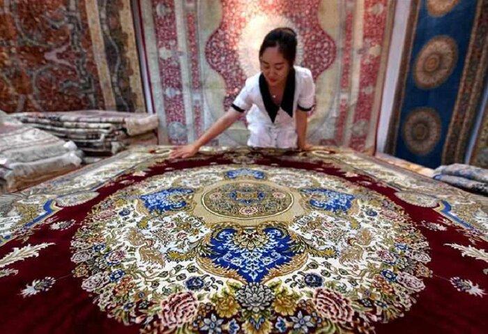 فرش ایرانی با بافت چین