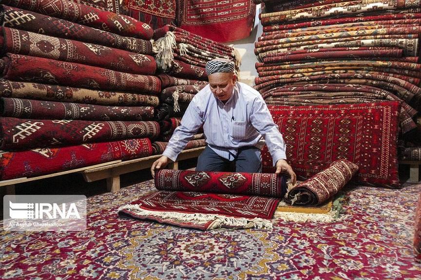 رییس مرکز ملی فرش ایران خبر داد:برنامهریزی برای تولید فرش دستباف منطبق با سلایق کشورهای منطقه
