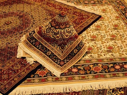 صنعت فرش اردبیل نیازمند ایجاد گمرک اختصاصی است