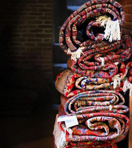 فرش دستباف اردبیل الگوی برتر کشوری در حوزه اقتصاد مقاومتی