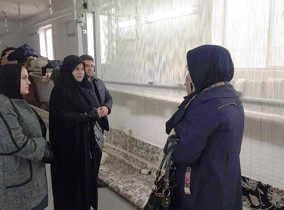 بازدید رییس مرکز ملی فرش از کارگاههای قالی بافی استان گلستان