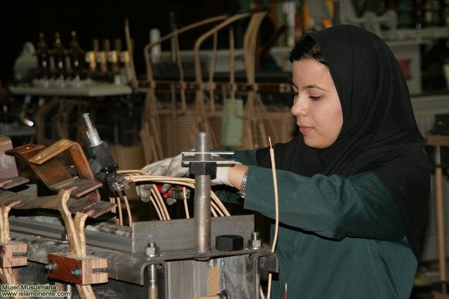 کاهش سهم زنان در مشاغل و پستهای مدیریتی