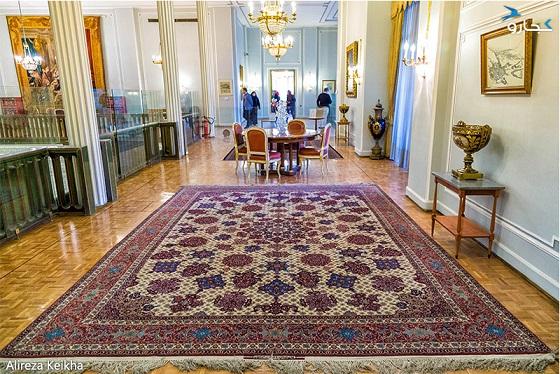 فرش صیرفیان، زینت بخش کاخ نیاوران