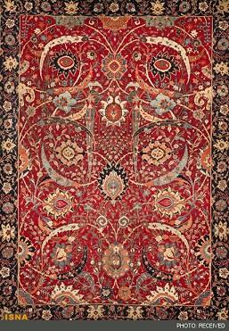 فرش دستباف می تواند جایگزین مناسبی برای درآمد صادرات نفت باشد.