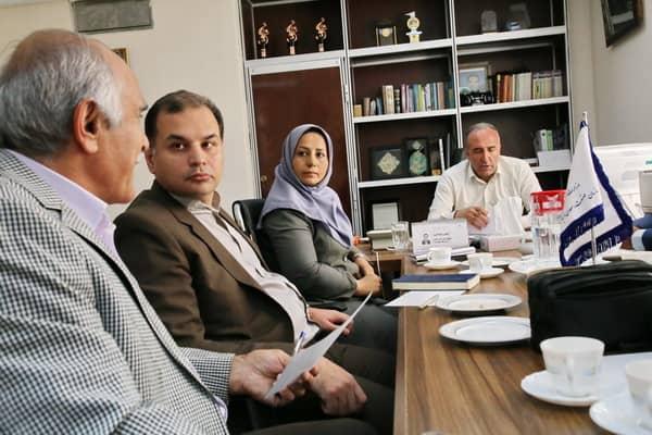 جلسه هم اندیشی اتحادیه ها و تشکل های فرش دستباف استان تهران