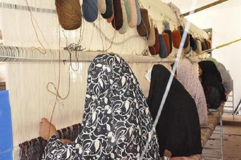 طرح خرید تضمینی فرش دستباف در مناطق محروم استان اردبیل اجرا میشود