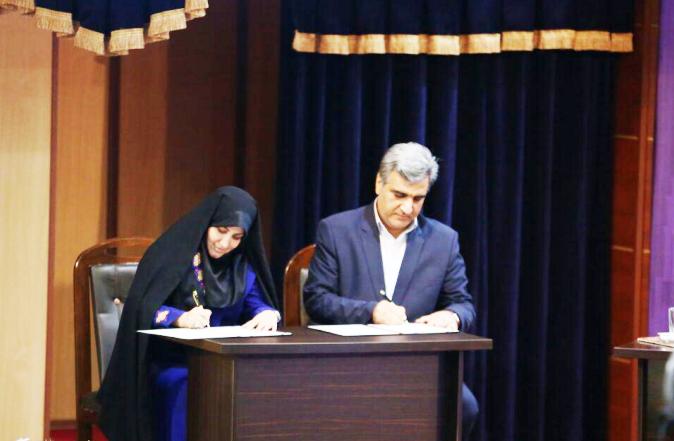 امضای اولین تفاهم نامه فرش دستباف در حضور رئیس جمهور