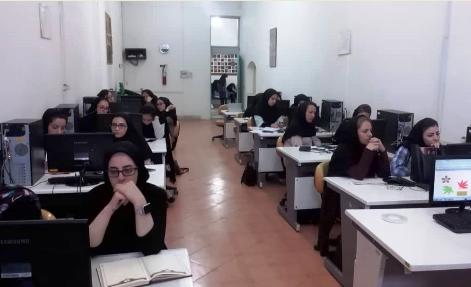 دوره آموزشی «ارتقاء مهارت طراحان و نقاشان فرش دستباف» در استان البرز برگزار شد