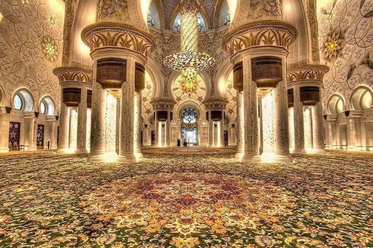 بزرگ ترین فرش دستباف ایران در مسجد شیخ زاید در ابوظبی امارات