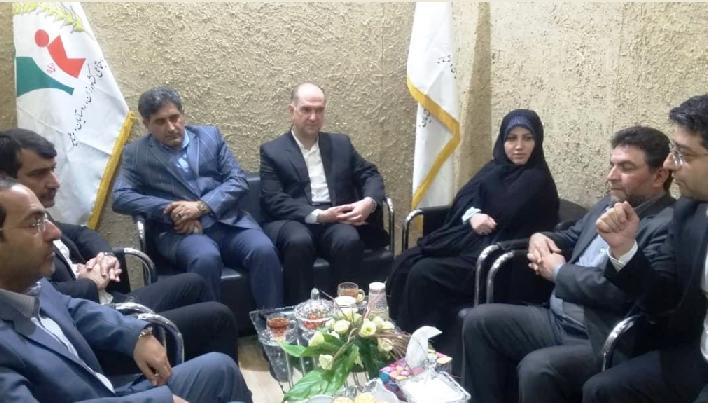 فرشته دستپاک، رئیس مرکز ملی فرش ایران: قالیبافان نیازمند اطلاع رسانی بیشتر نسبت به خدمات صندوقهای بیمهای هستند.