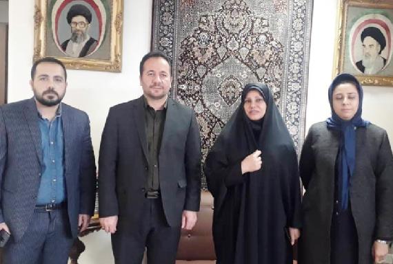 رئیس مرکز ملی فرش ایران با بخشدار شهرستان پردیس دیدار کرد