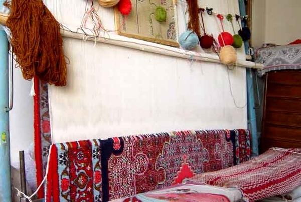 بافته شدن 8 هزار متر مربع فرش در گیلان فرش گیلان به اروپا و چین صادر می شود