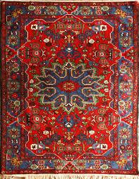 قالی بافی در نهاوند رونق میگیرد