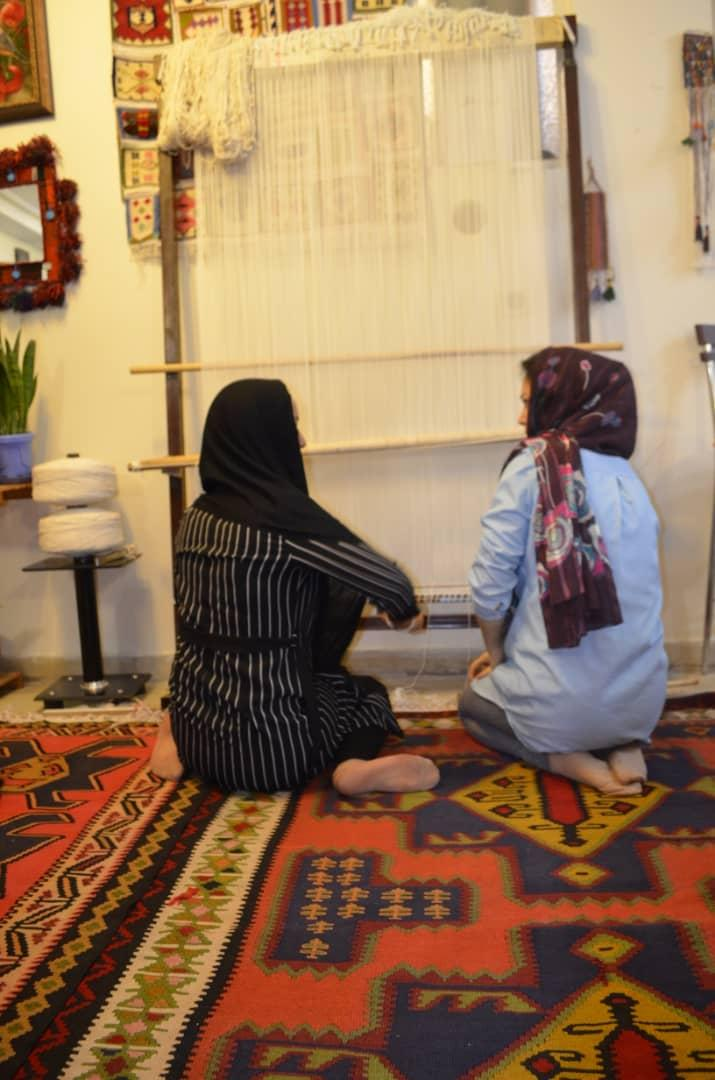 دورههای آموزشی ارتقای مهارت قالیبافی استان البرز برگزار میشود